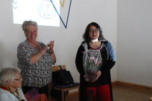 Vorsitzende Renate Ehrhardt und Referentin Nil Esra Dagistan