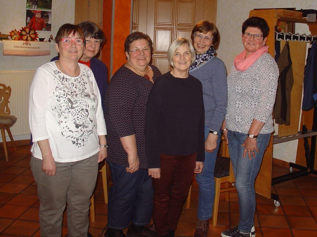 v.l. Inge Dietrich, Gerlinde George, Marianne Trescher, Marlies Rininsland, Angelika Schneider, Heike Corell